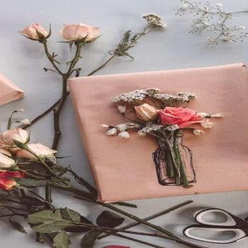 Easy gift wrapping idea  Try this easy gift wrapping technique, with flowers