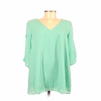 GIDDY UP GLAMOUR Casual Dress - Shift: Green Solid Dresses - Used - Size Medium