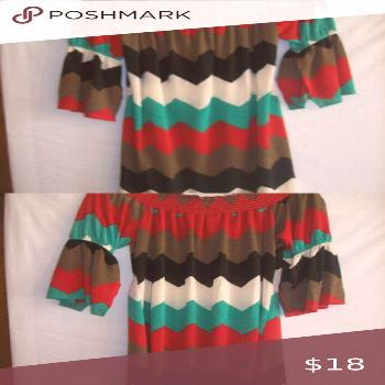 Giddy Up Glamour Peasant Style Dress Giddy Up Glamour peasant style dress. Can be worn on or off th