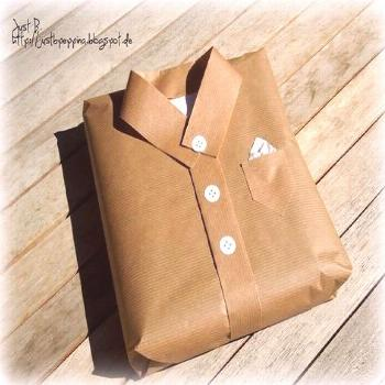 Gifts Wrapping & Package : Interesting idea how to wrap a gift for a man_