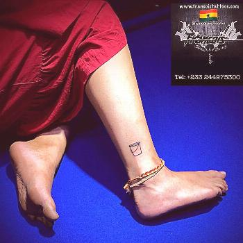 Outlined Bucket Tattoo Call: +233 244 975300 Snapchat: Francois.tattoo Instagram: francoiswsimpson.