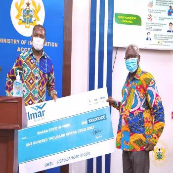 Senior Minister receives donations towards COVID-19 fund