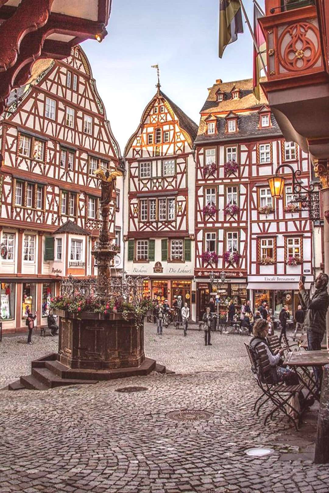 8 Beautiful Fairy Tale Towns In Germany You Have To See!! Little-know hidden towns germany that bel