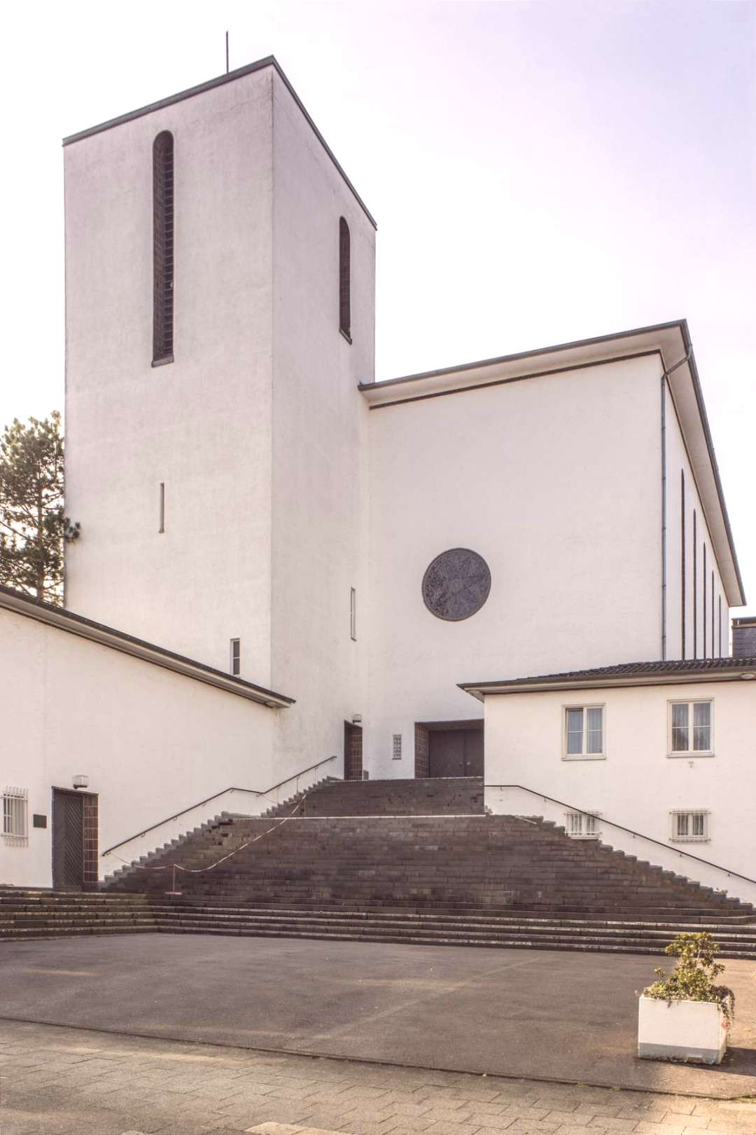 "Church ""Heilig Geist"" (1929-30) in Aachen, Germany, by Otto Bongartz -"