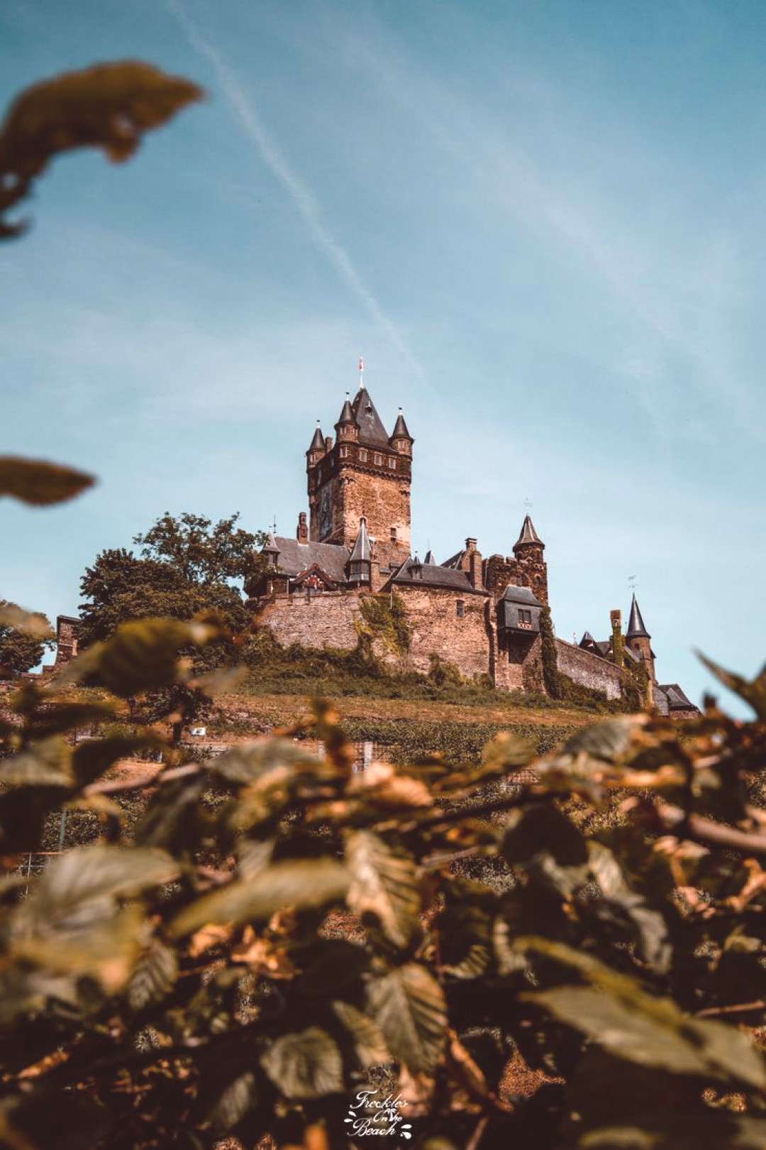 Germany Aesthetic Hogwarts! Travel Germany Castle Wallpaper | Cochem Castle photography Visit the H