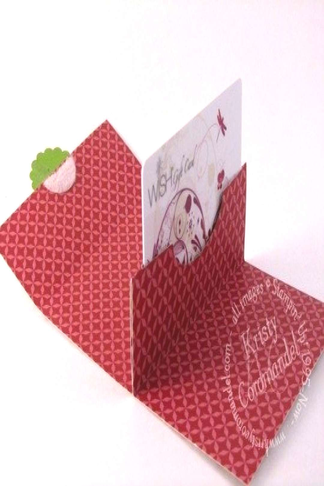 Pop Up Gift Cards can sometimes be a boring thing to give but a great thing to receive. So why not